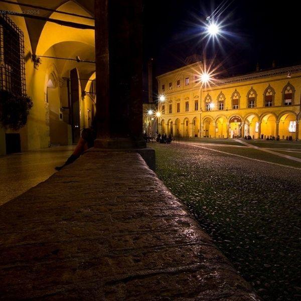 Bologna Notturna